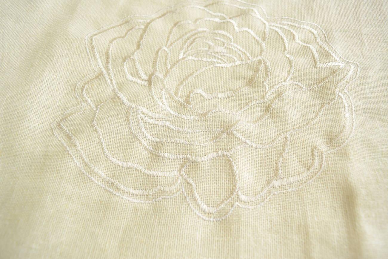 ホワイト刺繍バラ柄カーテン⑪