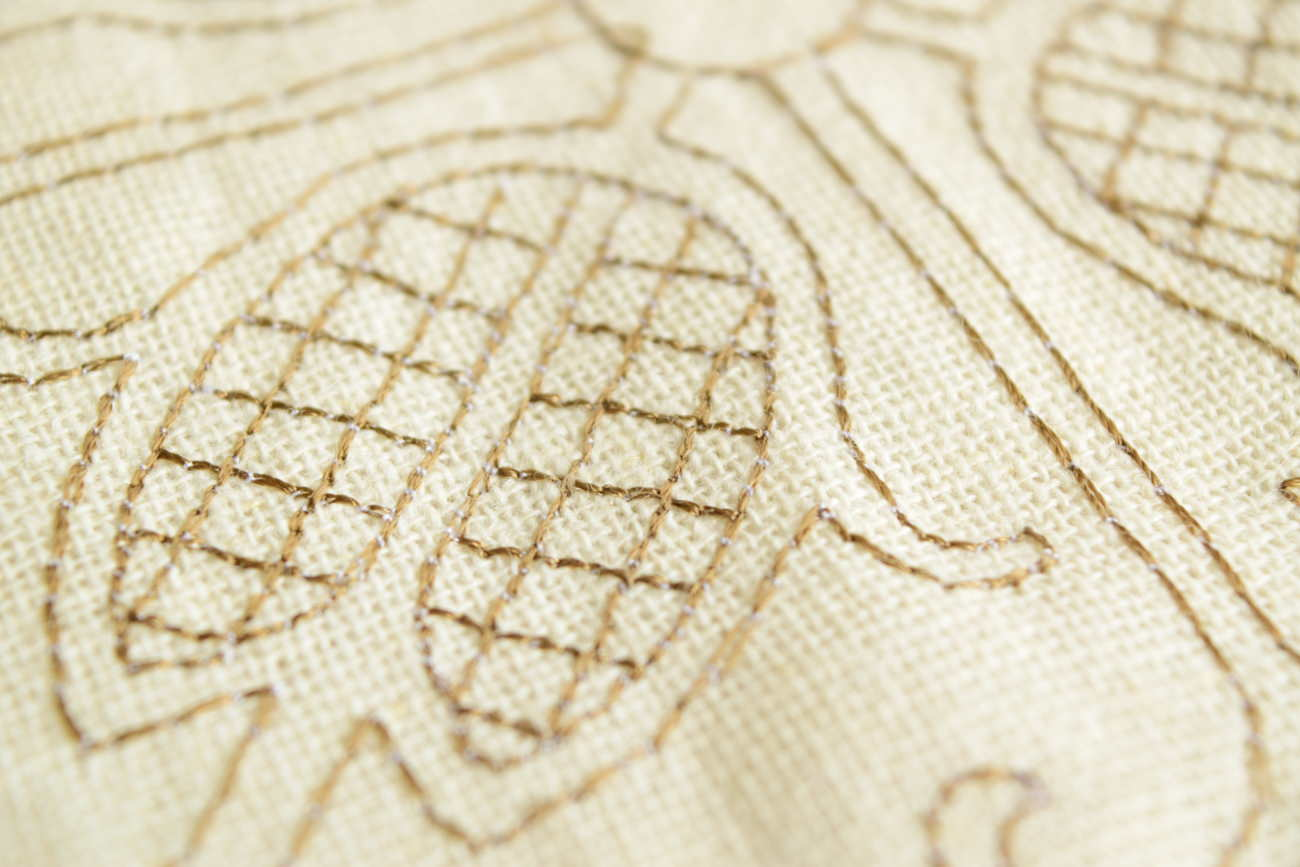 フランス産刺繍カーテン⑮