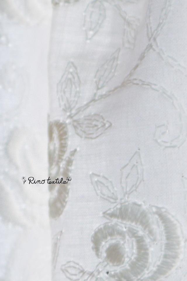 バラの刺繍カフェカーテン